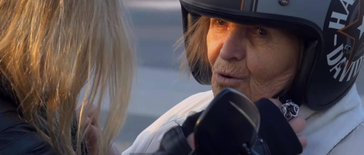 Njajača baka u svemiru